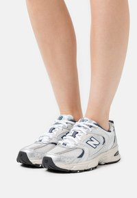New Balance - MR530 - Sneakers basse - silver - 0