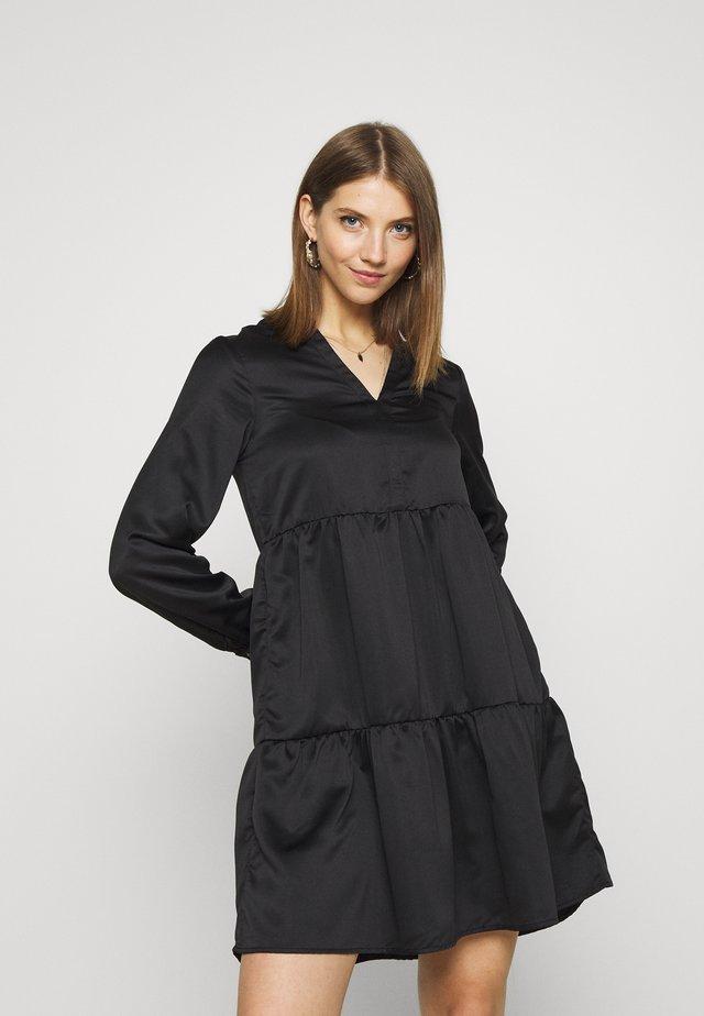 VIFLASH CUTLINE DRESS - Vapaa-ajan mekko - black