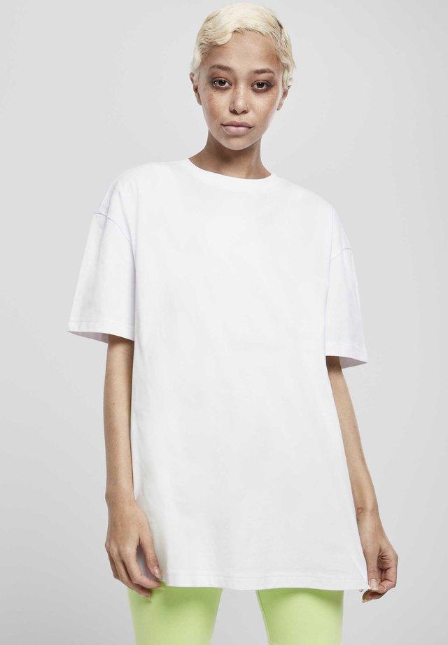 OVERSIZED BOYFRIEND - T-shirt - bas - white