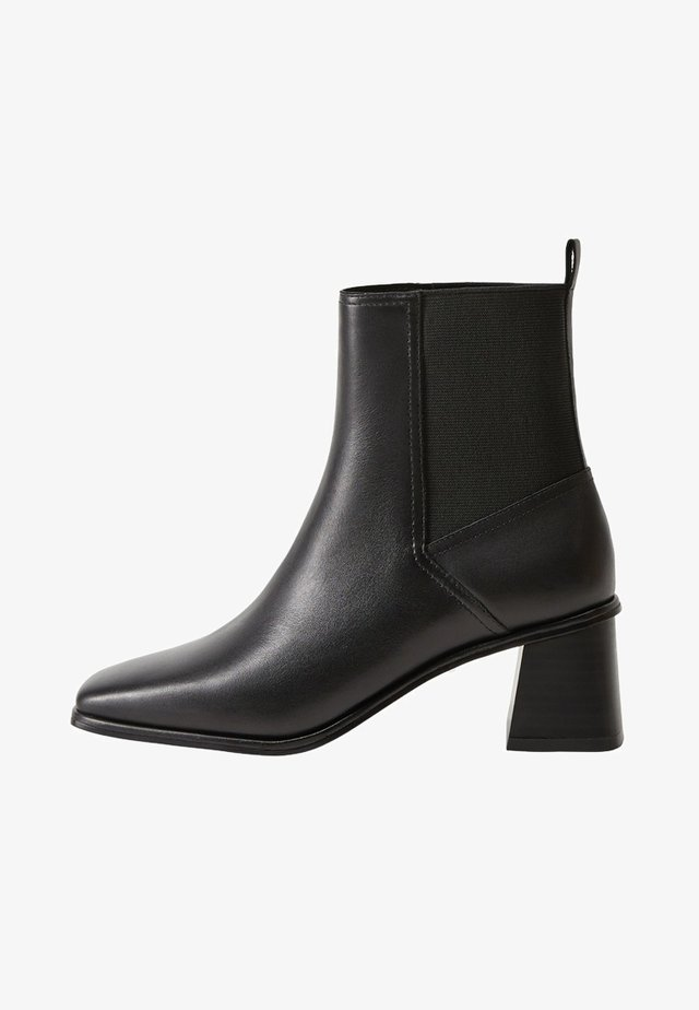 GAZELLEN - Classic ankle boots - schwarz