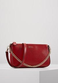 DKNY - SUTTON DEMI XBODY - Käsilaukku - bright red - 0