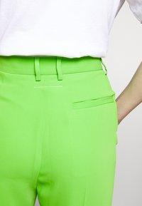 MM6 Maison Margiela - SMART - Kalhoty - green - 5