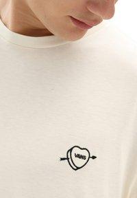 Vans - MN LOVE HATE LS - Long sleeved top - seedpearl - 2