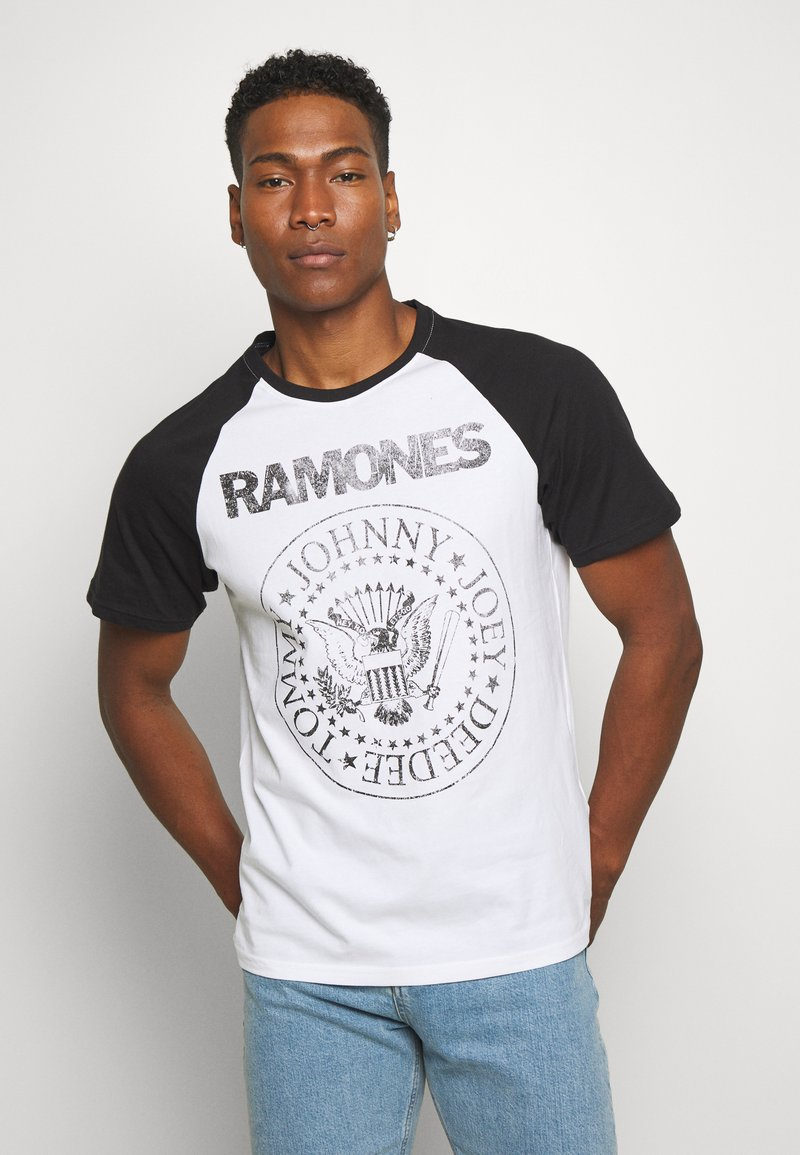 Only & Sons - ONSRAMONES FRONT PRINT TEE - T-shirt con stampa - white