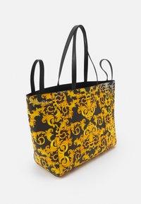 Versace Jeans Couture - DIANE REVERSIBLE - Tote bag - black - 1