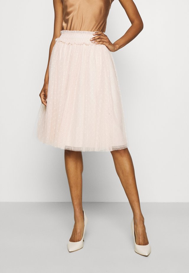 HONEYCOMB SMOCKED MIDI SKIRT EXCLUSIVE ELASTIC WAIST - A-line skirt - stawberry icing