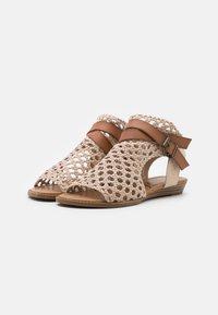 Blowfish Malibu - VEGAN BALLA - Ankle cuff sandals - gold draped - 2