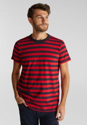 FASHION  - Print T-shirt - red