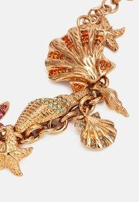 Versace - BRACELET TRESOR DE LA MER - Náramek - gold-coloured/multicolor - 4