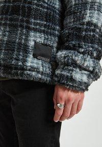 PULL&BEAR - Fleece jacket - mottled dark grey - 4