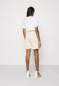 4th & Reckless - ANDERSON - Shorts - cream - 2