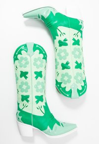 Jeffrey Campbell - LOONEY - Cowboy/Biker boots - green/white - 3