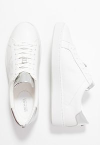 MICHAEL Michael Kors - KEATON LACE UP - Sneaker low - optic/silver - 3