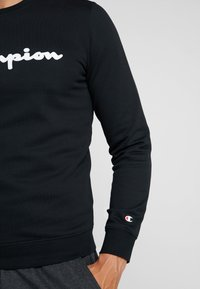Champion - CREWNECK  - Sweatshirt - black - 5