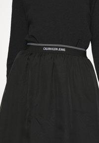 Calvin Klein Jeans - LOGO WAISTBAND SKIRT - A-line skirt - black - 3