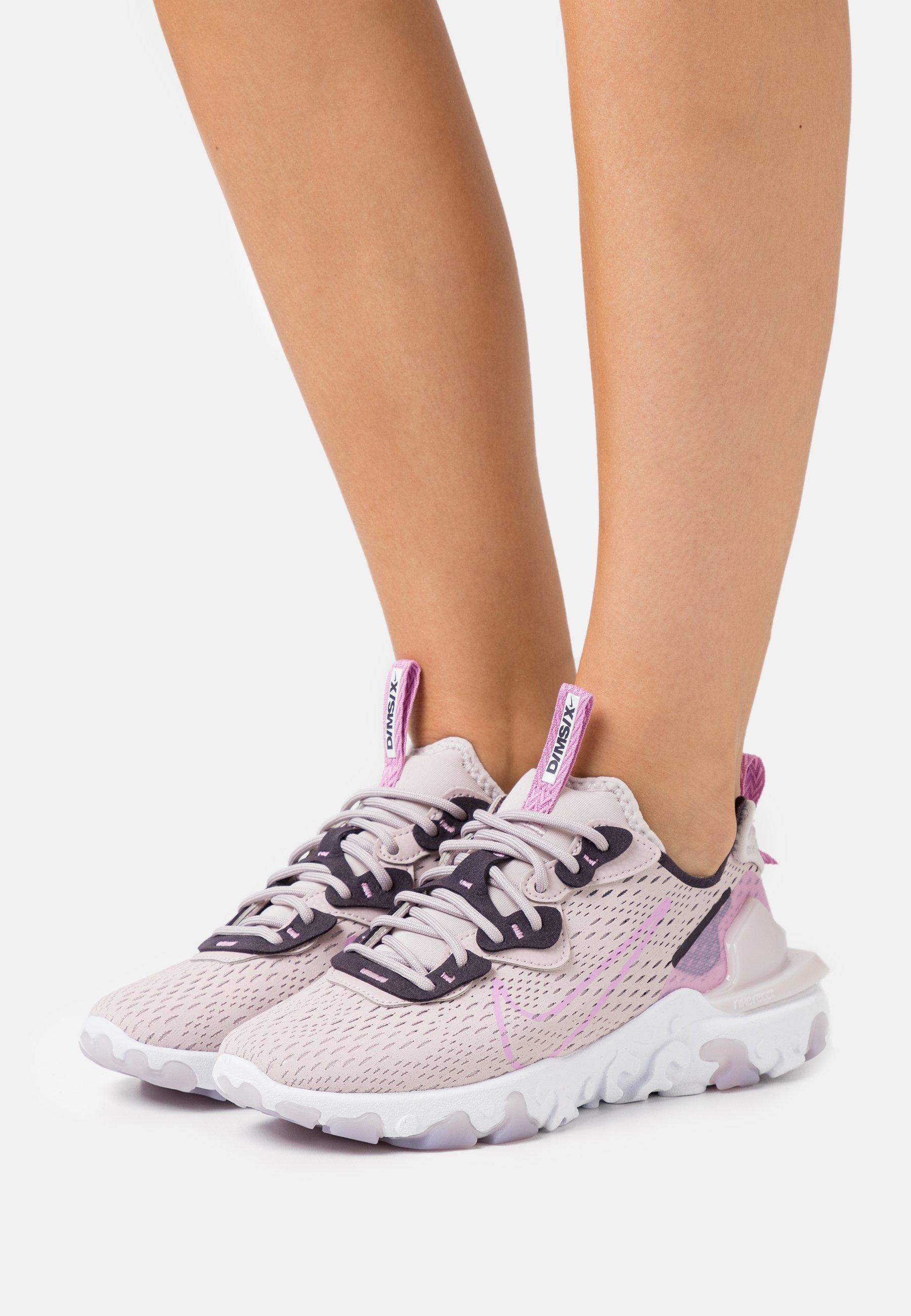 Nike Sportswear REACT VISION - Baskets basses - platinum violet ...
