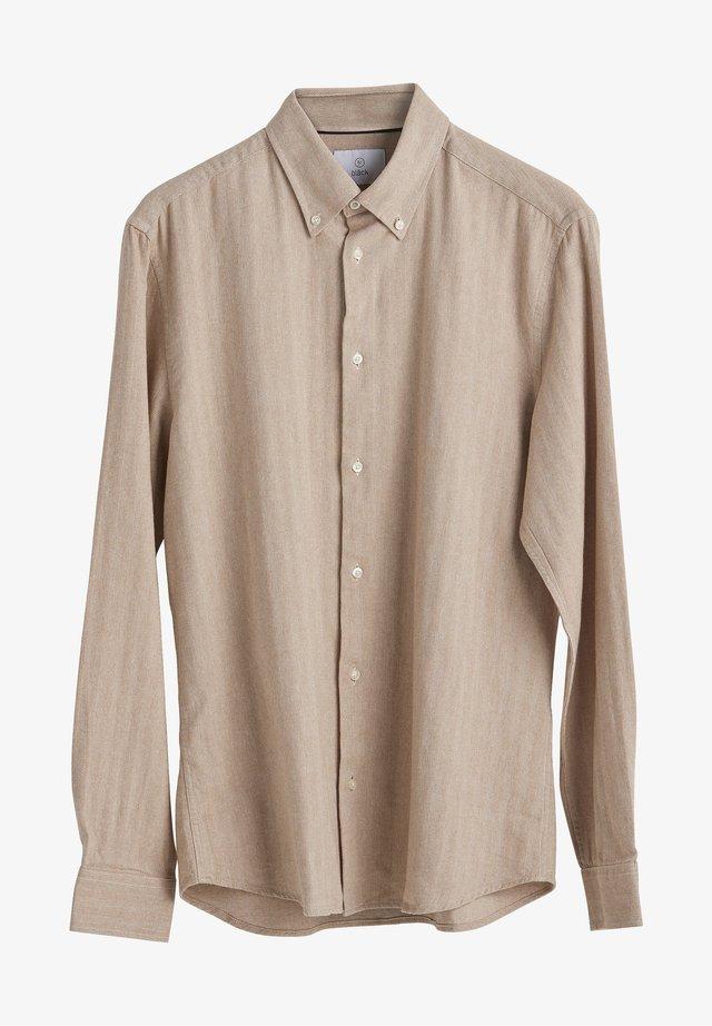 Skjorter - light camel mel