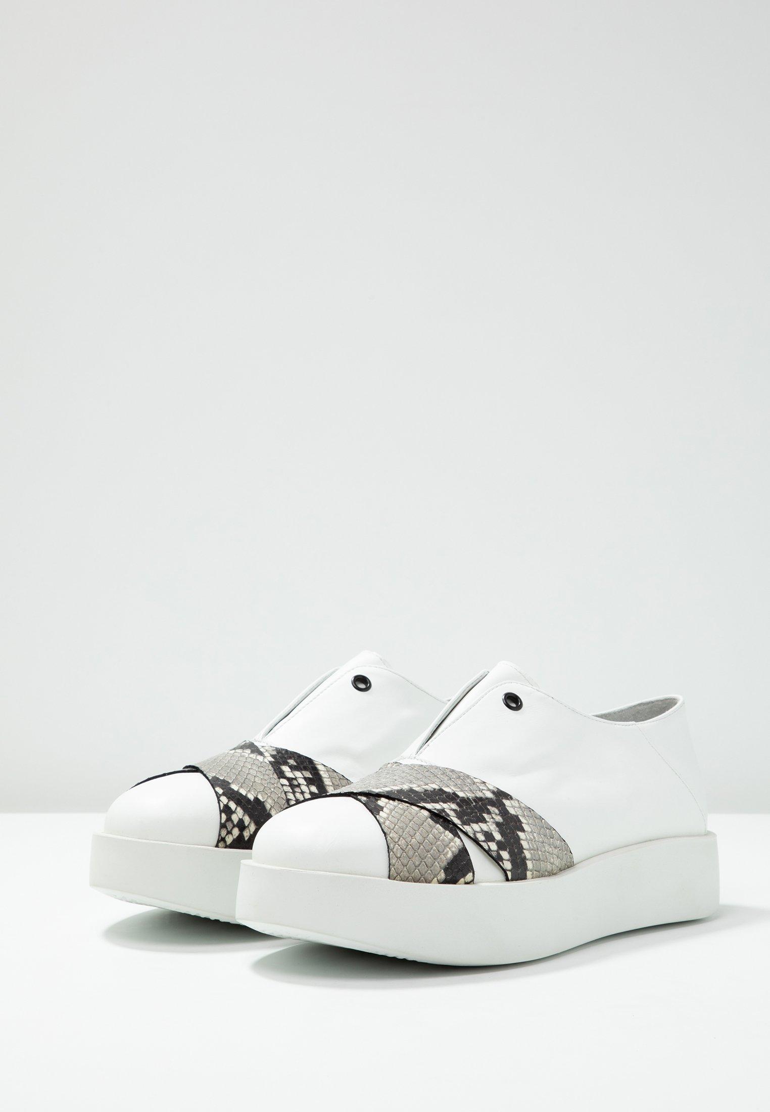 UMA PARKER Slippers - guanto bianco roccia