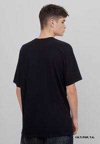 Bershka - SAILOR MOON - Print T-shirt - black - 2