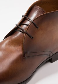 Doucal's - PIETRO PISA - Smart lace-ups - cognac - 5
