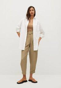 Mango - VESTI - Trousers - middenbruin - 1