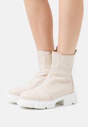 EMY - Platform ankle boots - beige
