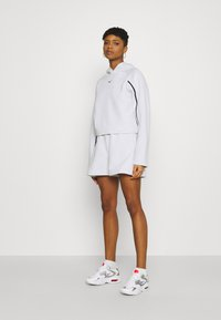 Nike Sportswear - Shorts - white/black - 1