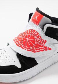 Jordan - SKY 1 UNISEX - Basketball shoes - white/infrared/black - 2