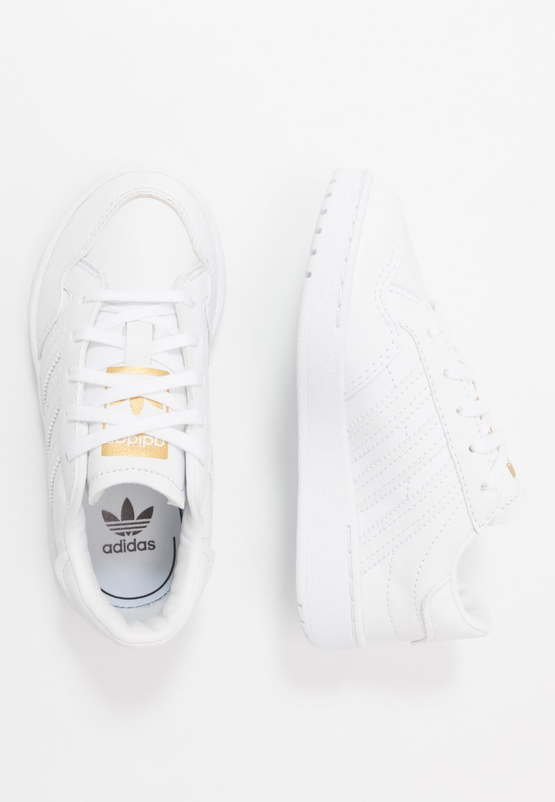 adidas Originals - TEAM COURT - Baskets basses - footwear white/core black