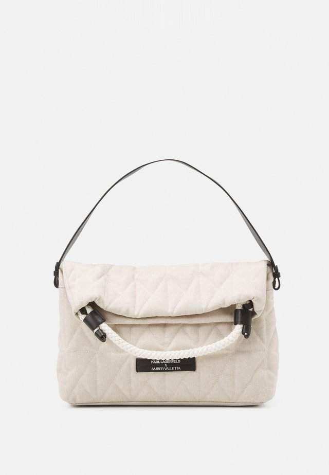 SUSTAINABLE AMBER VALLETTA KLXAV QUILTED FOLDED TOTE - Kabelka - off white