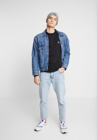 Calvin Klein Jeans - ESSENTIAL  - Felpa - black - 1