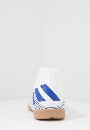 NEMEZIZ IN - Indoor football boots - footwear white/royal blue/core black