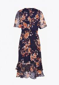 Wallis Petite - FLORAL DOBBY MIDI DRESS - Day dress - ink - 1