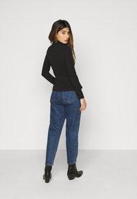 Even&Odd Petite - 2 PACK - Long sleeved top - black - 2