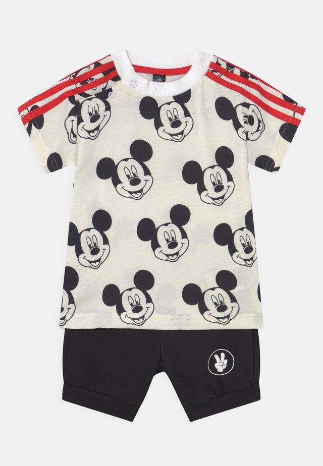 SET UNISEX - T-shirt print - white/black/red