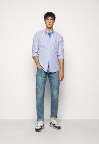 Polo Ralph Lauren - OXFORD - Vapaa-ajan kauluspaita - blue/white - 1