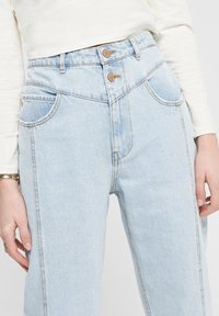 ONLY - STRAIGHT FIT JEANS ONLISLA LIFE MID ANKLE - Straight leg jeans - light blue denim - 2
