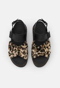 Dr. Martens - VOSS FLUFFY - Platform sandals - tan/black - 4