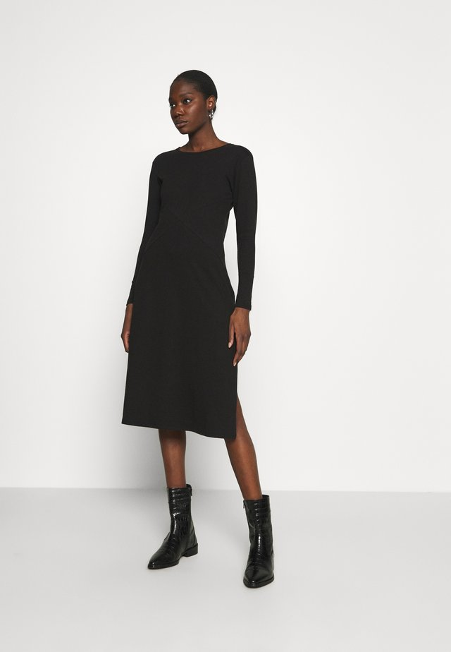LONG SLEEVE SIDE SPLIT MIDI DRESS - Žerzejové šaty - black