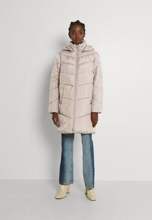 VIADAYA JACKET - Winter coat - fungi