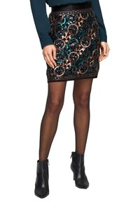 s.Oliver BLACK LABEL - A-line skirt - black aop - 4