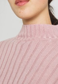 Nly by Nelly - CROPPED TURTLE NECK - Jumper - lilac - 5