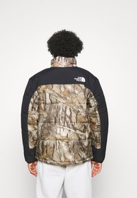 The North Face - HIMALAYAN INSULATED JACKET - Veste d'hiver - kelp tan forest floor - 2