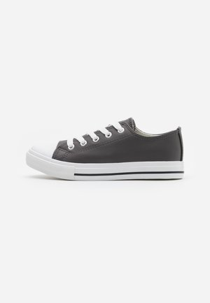 CLASSIC TRAINER LACE UP - Trainers - grey