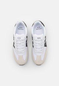 Armani Exchange - Sneakers basse - white/black - 3