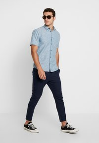 Only & Sons - ONSLINUS CROP  - Trousers - dress blues - 1