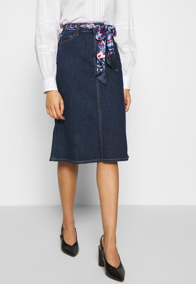 Áčková sukně - blue rinse