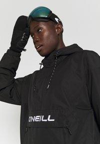 O'Neill - BLOCKSTAR ANORAK - Snowboard jacket - black out - 3