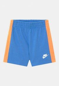 Nike Sportswear - TIDE POOL SET - T-shirt print - coast - 2