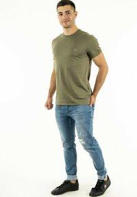 Lacoste - T-shirt basique - vert - 1